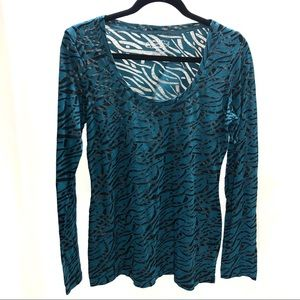 Maurices XL T-shirt blue and black long sleeve